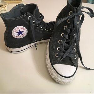 Leather Converse shoes/men's 5 / women's 7